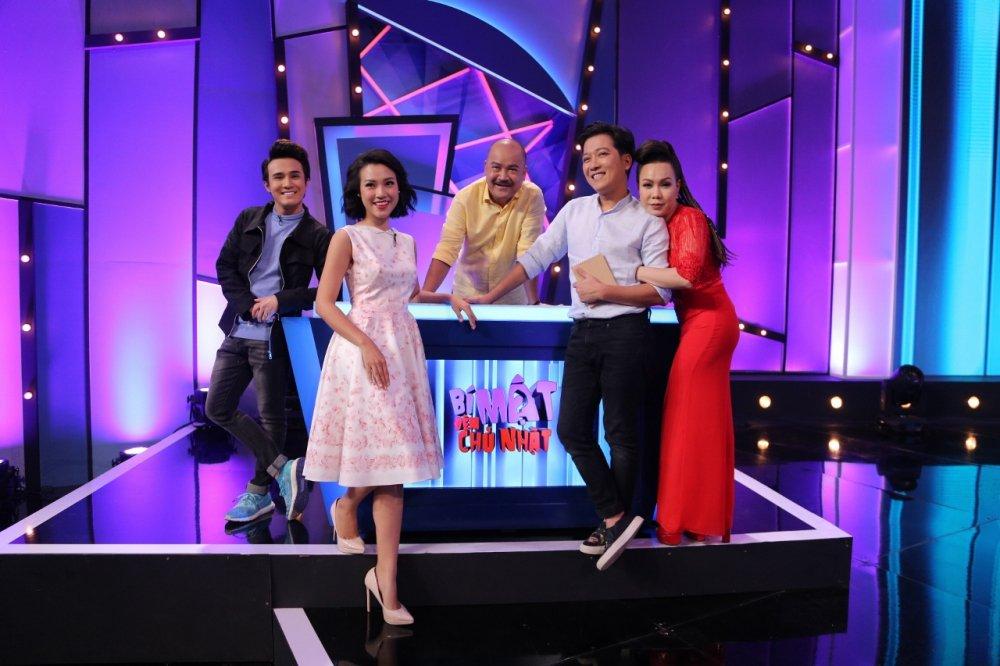 Viet Huong da xeo Hoa hau Phuong Nga, Top Model tren song truyen hinh hinh anh 1