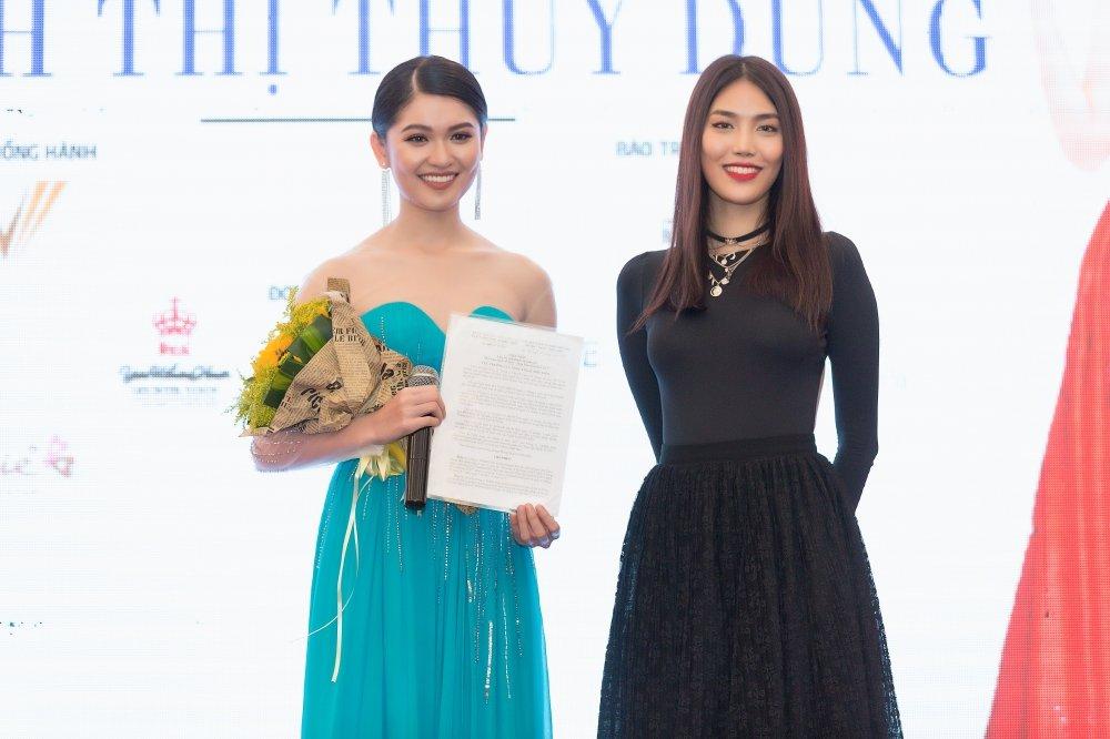 Lan Khue: 'Toi tin va ky vong Thuy Dung se lam nen chuyen tai Hoa hau Quoc te' hinh anh 1