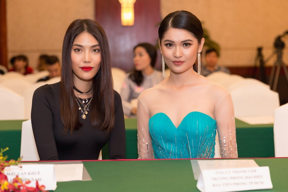 Lan Khue: 'Toi tin va ky vong Thuy Dung se lam nen chuyen tai Hoa hau Quoc te' hinh anh 4