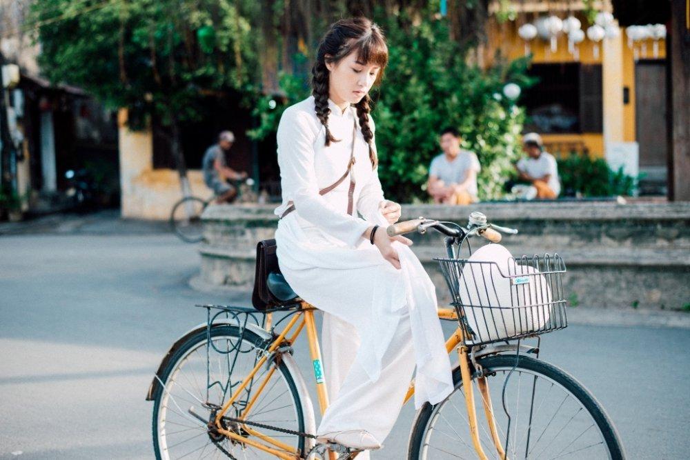 'Thanh mua' Trung Quan ke chuyen tinh buon trong MV moi hinh anh 3