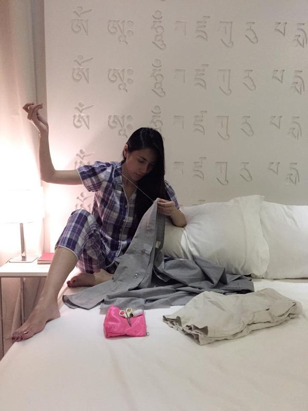 Cong Vinh di dep le, cho Thuy Tien di lam tu thien khien dan mang thich thu hinh anh 4