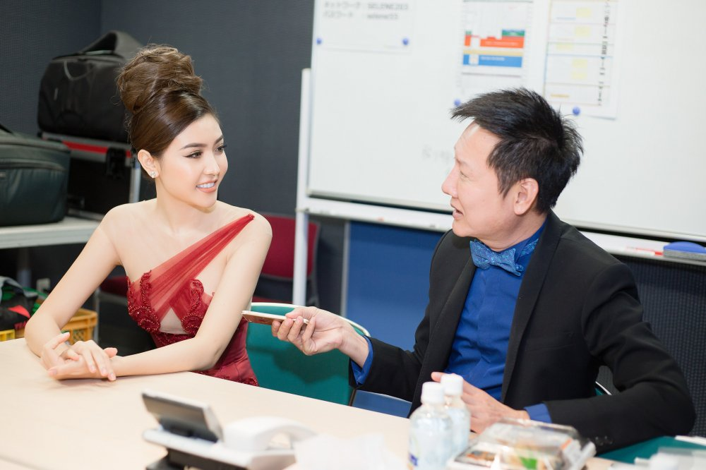 Ngoc Duyen duoc chu tich 'Miss Grand International' khen ngoi khi lam giam khao o Nhat hinh anh 3