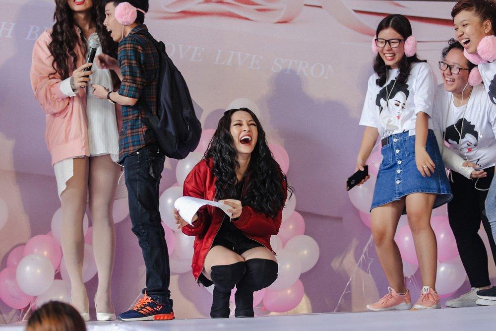 Fan xep hang hon 3 tieng dong ho doi gap Bao Anh hinh anh 5