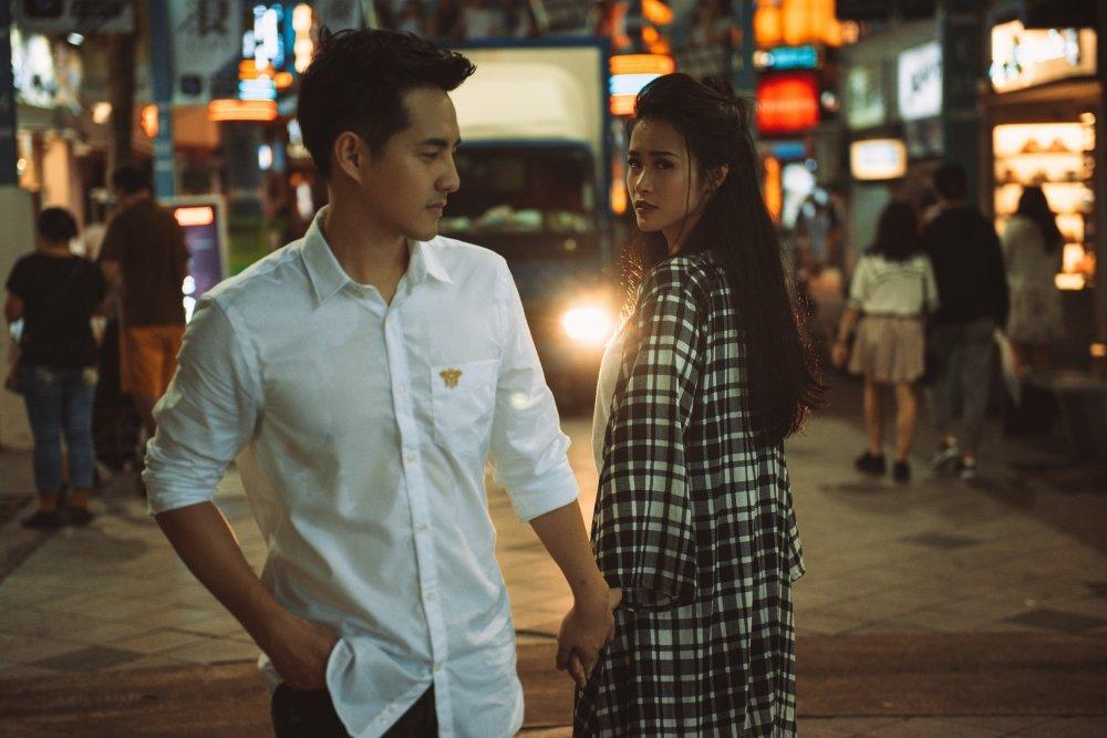 Fan lo lang khi Dong Nhi – Ong Cao Thang cai va cang thang hinh anh 1