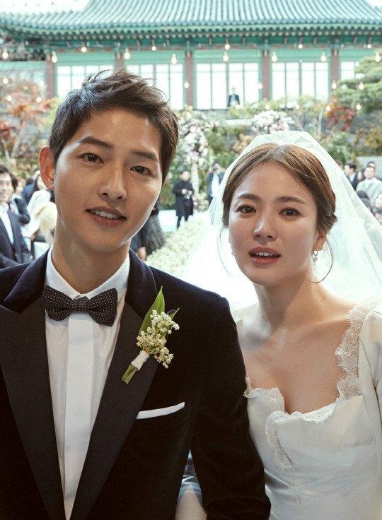 Song Hye Kyo, Song Joong Ki nhay voi Chuong Tu Di sau le cuoi hinh anh 2