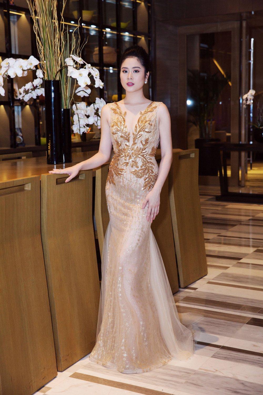 NTK Linh Bui 'do sac' cung A hau Thien Ly, Tra My hinh anh 3