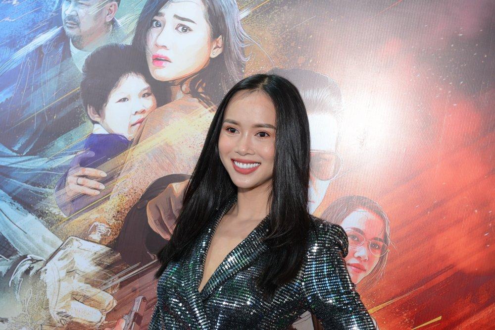 Nha Phuong: San sang nhan gach da vi khoc qua nhieu trong phim moi hinh anh 5