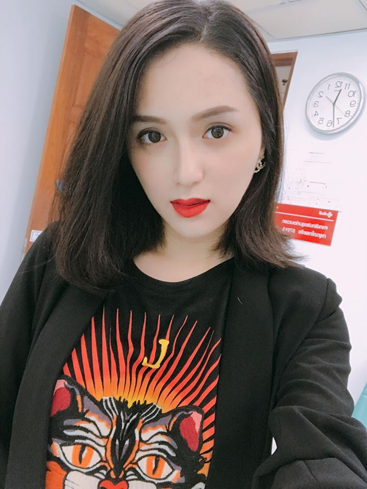 Huong Giang Idol tiet lo ve le cuoi trong mo dien ra tren may bay hinh anh 2