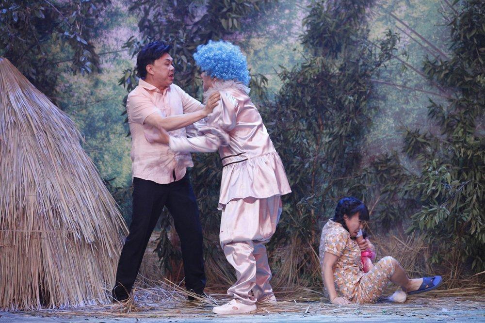 Viet Huong cung Tran Thanh len an nan lam dung tre em hinh anh 2