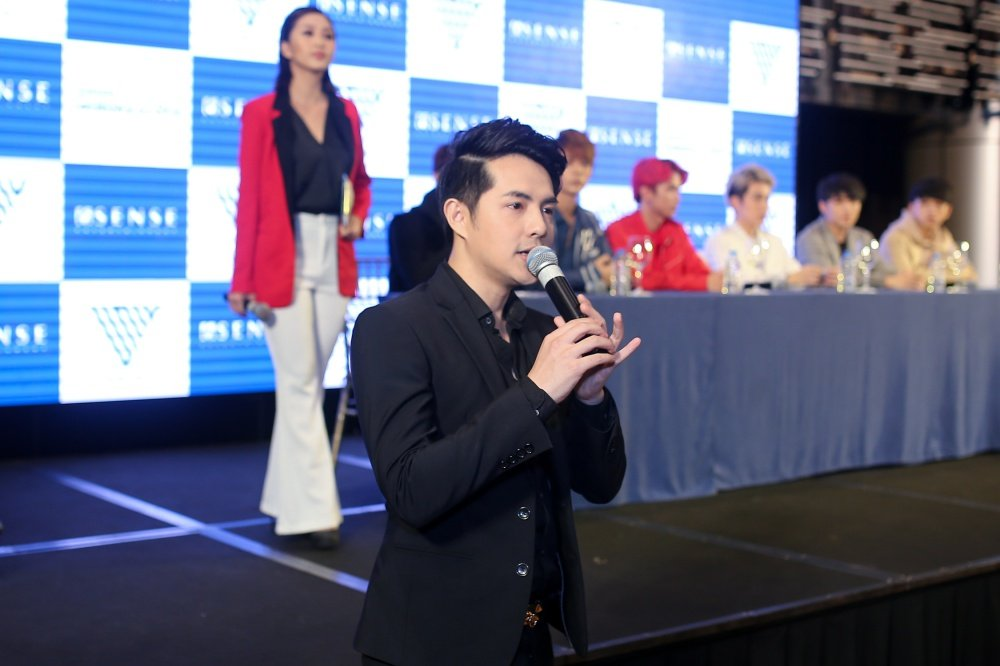 Ong Cao Thang muon tao su rieng biet cho Vpop voi 'ga cung' Uni5 hinh anh 2