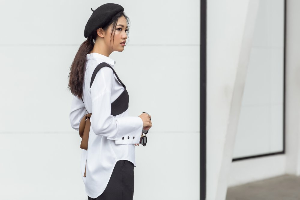 Chan nu tinh, A hau Thanh Tu dien trang phuc cuc 'chat' xuong pho hinh anh 4