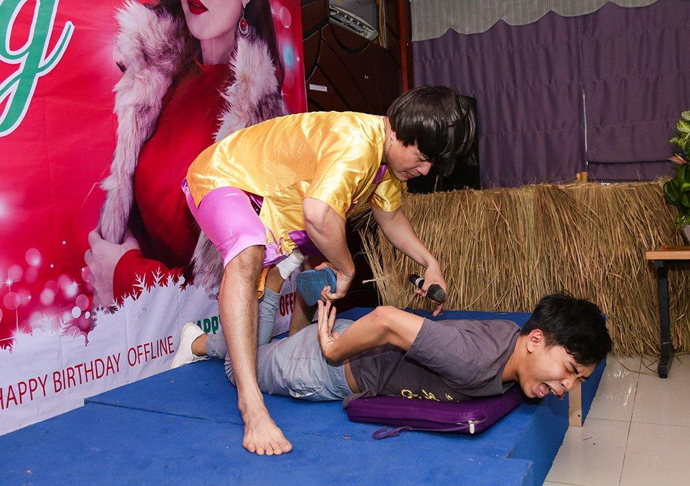 MC Cat Tuong khoe giong hat khien fan bat ngo hinh anh 6