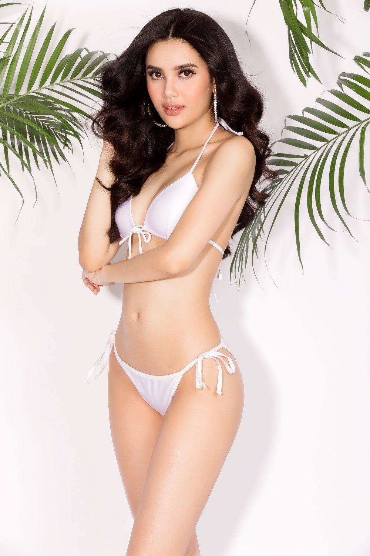 A hau Dai duong 2017 Dieu Thuy khoe dang quyen ru voi bikini hinh anh 5