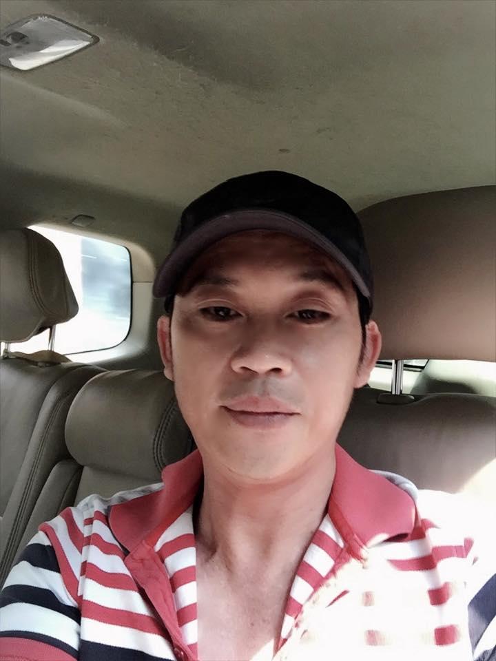 Sau hao quang san khau, day la dieu khien NSUT Hoai Linh hanh phuc hinh anh 1