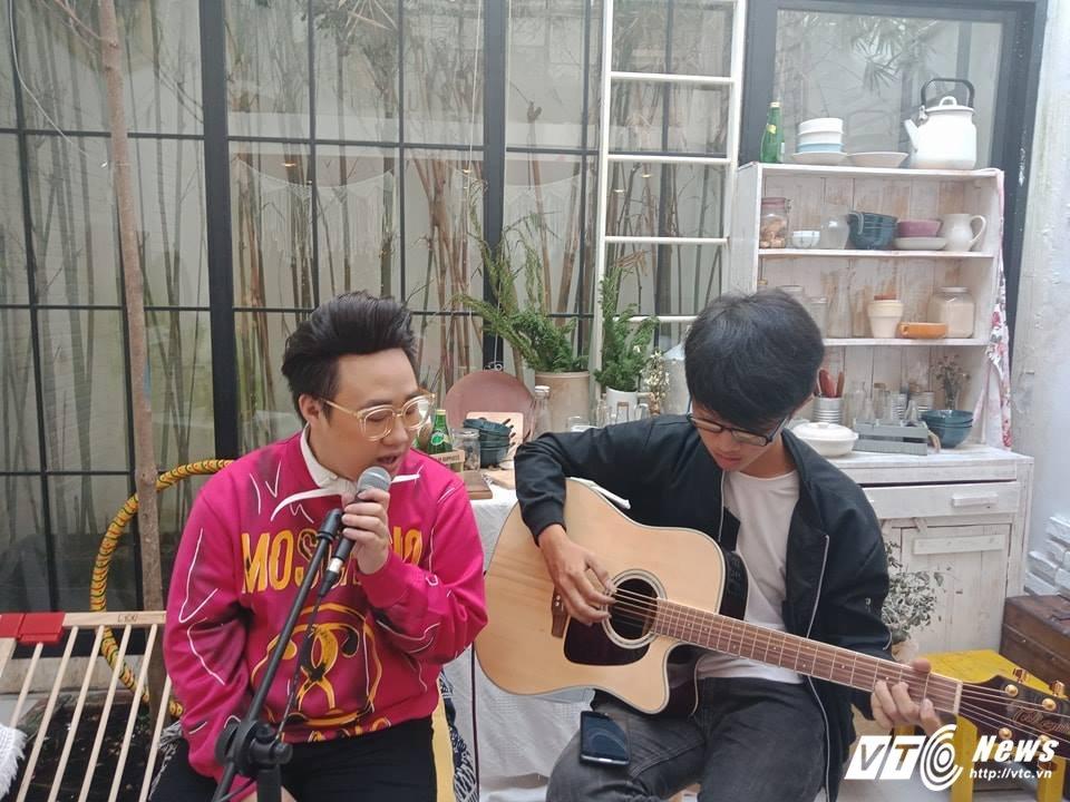 Trung Quan Idol: 'Sau ca phau thuat cua Duc Phuc, nhieu cong ty tham my lien he voi toi' hinh anh 2