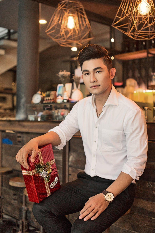 Nguyen Hong An moi me cung dong MV mung sinh nhat hinh anh 1