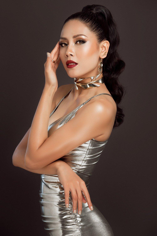 Tro ve tu 'Hoa hau Hoan vu', Nguyen Thi Loan khoe nhan sac nong bong day thu hut hinh anh 1