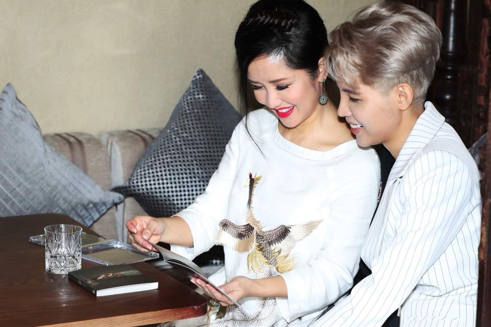 Hong Nhung: 'Ngay xua vi Vu Cat Tuong ma toi bi nem da toi boi' hinh anh 3