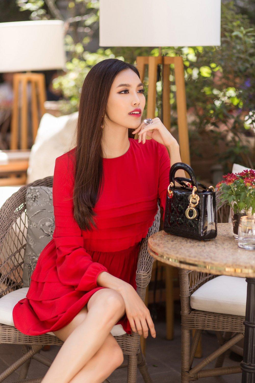 Tung bo anh moi, Lan Khue he lo vai tro dac biet tai Asia Fashion Awards hinh anh 6