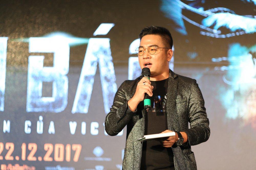 Giua tin don chia tay Truong Giang, Nha Phuong le bong tren tham do hinh anh 10