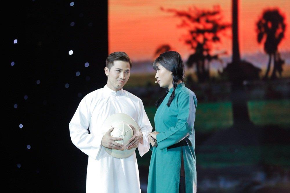 Danh ca Phuong Dung rot nuoc mat vi Mai Tien Dung hinh anh 1