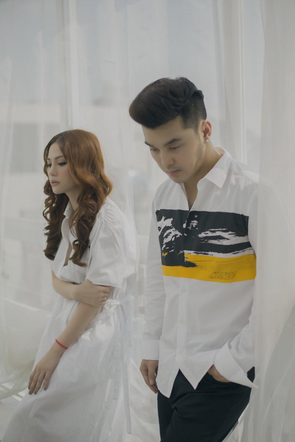 Sau 14 nam, Ung Hoang Phuc – Thu Thuy tai hop tung hit moi hinh anh 2