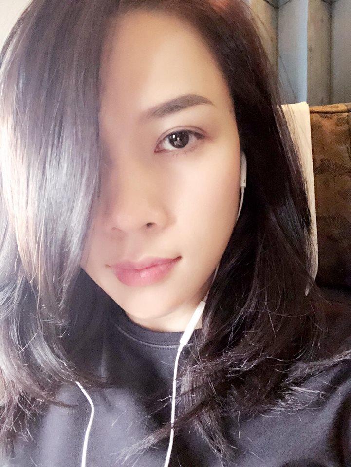 Ly do dac biet khien My Tam phai di muon album cua chinh minh de tang chau gai hinh anh 1