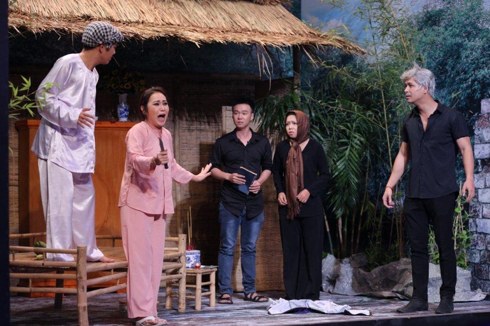 Truong Giang bat Thanh Hang di khoc muon de doi tien Hoai Linh hinh anh 3