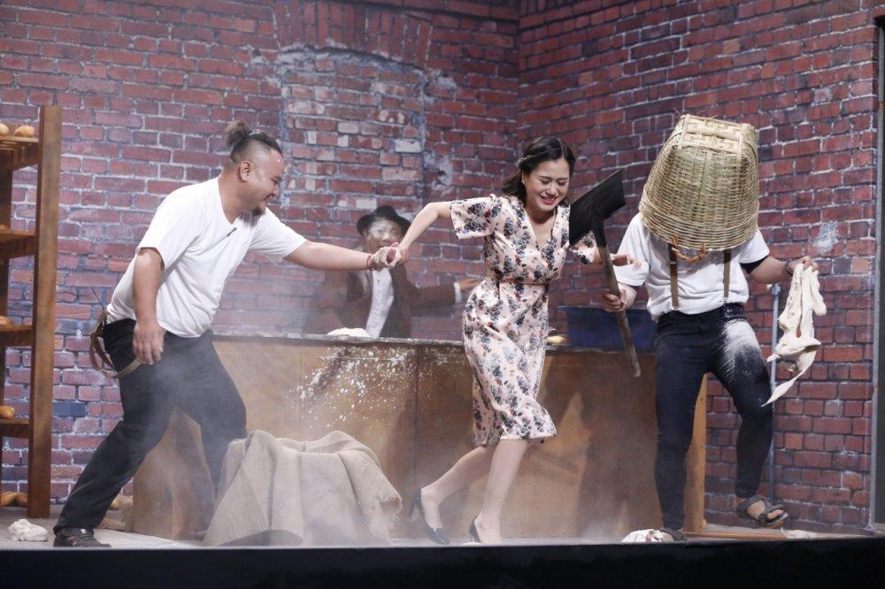 Thanh vien nhom FAPtv duoi danh Trung Dan – Tran Thanh tren san khau hinh anh 3