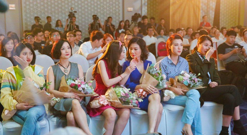 Hong Anh, Thanh Hang rot nuoc mat khi nhin lai tuoi thanh xuan hinh anh 1