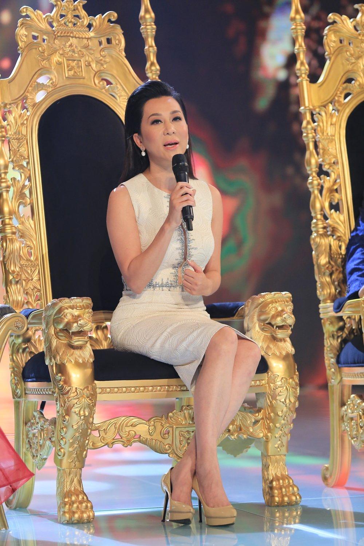 MC Ky Duyen lan dau lam giam khao chuong trinh am nhac hinh anh 1