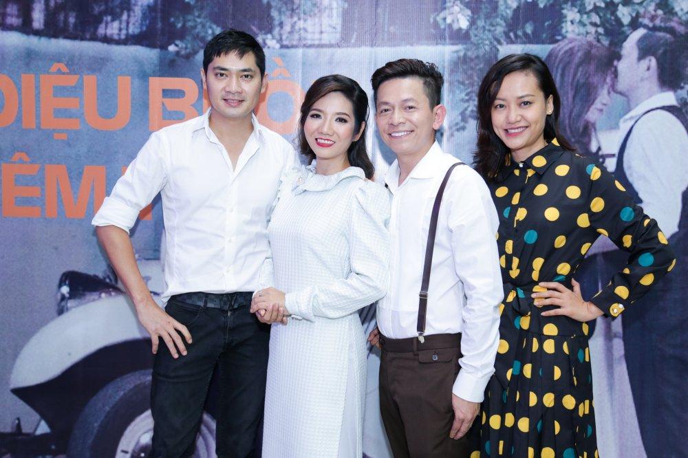 Hong Anh sanh doi Minh Luan den chuc mung MV 400 trieu dong cua Tuan Tu Bolero hinh anh 1