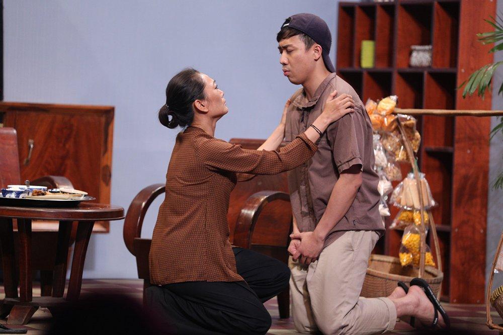 On gioi: NSUT Quynh Huong hoa dien vi Tran Thanh bi truy na hinh anh 1