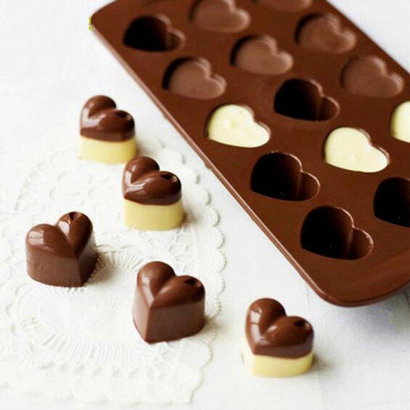 Huong dan cach lam socola cho Valentine don gian tai nha hinh anh 3