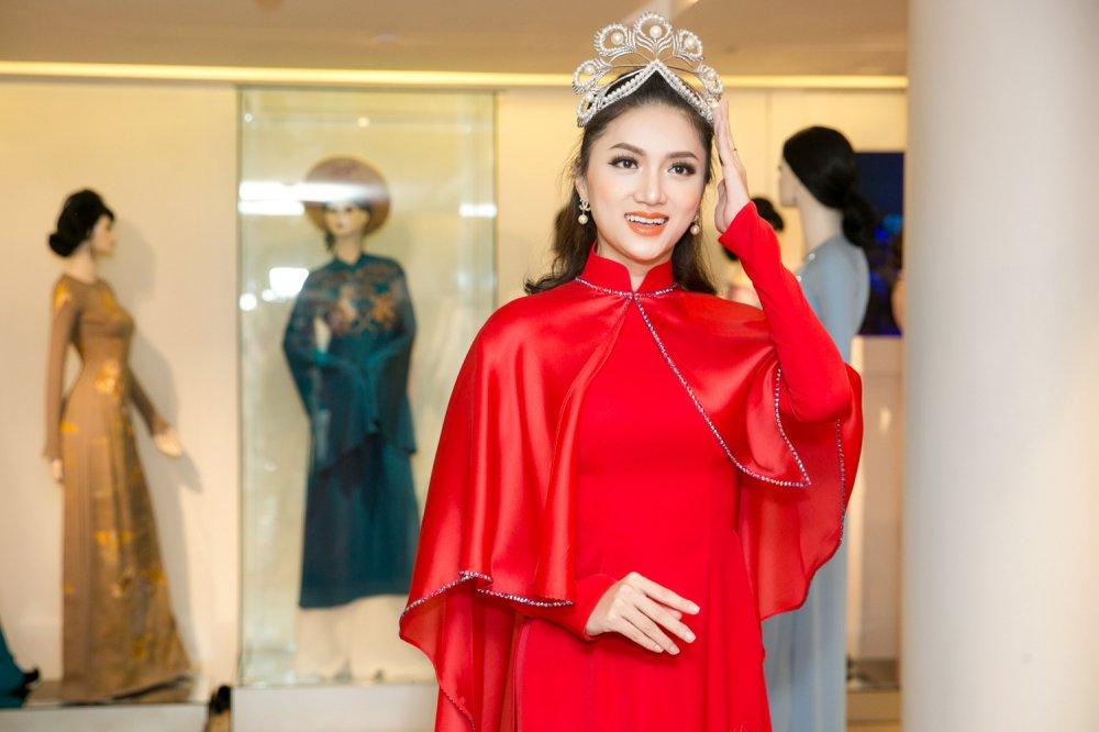 Day la cach Dam Vinh Hung ung ho Huong Giang Idol di thi Hoa hau hinh anh 4
