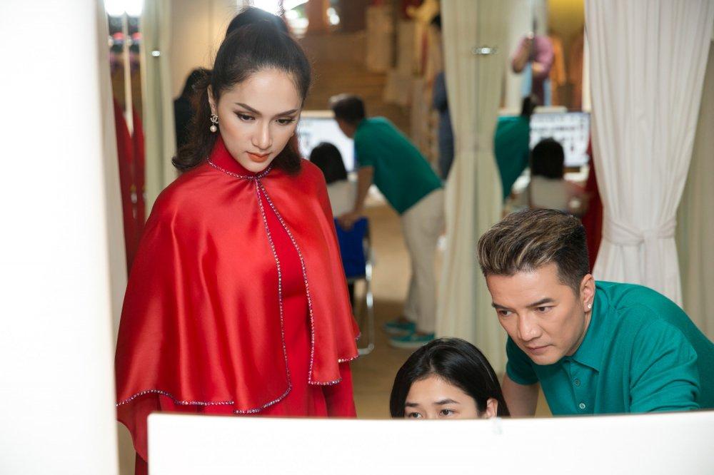 Day la cach Dam Vinh Hung ung ho Huong Giang Idol di thi Hoa hau hinh anh 8