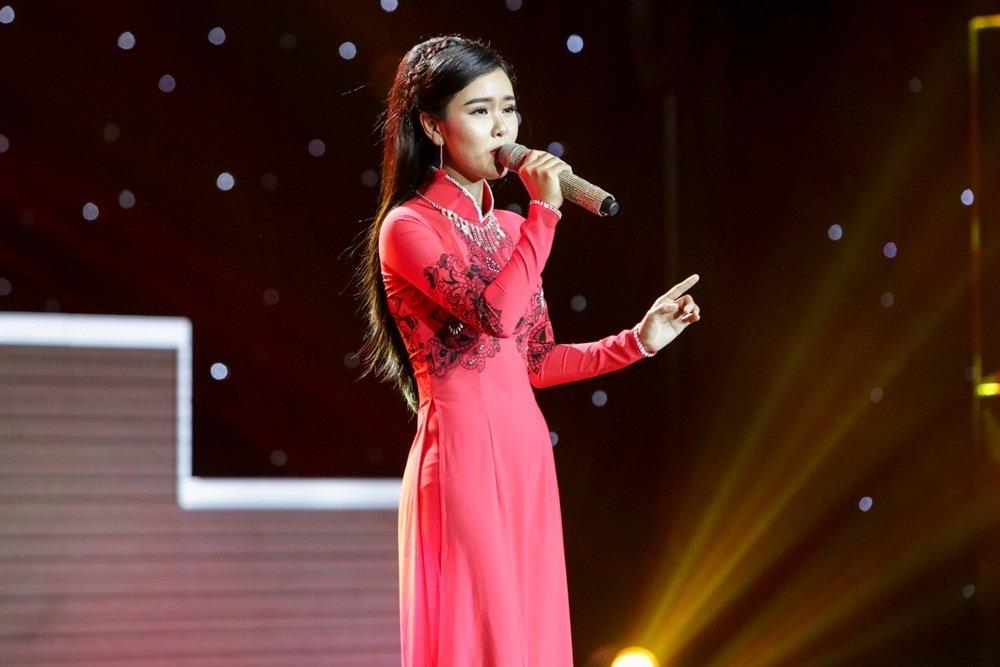Nhu Quynh – Quang Le tranh nhau chang trai lai 2 dong mau Viet - An hinh anh 7