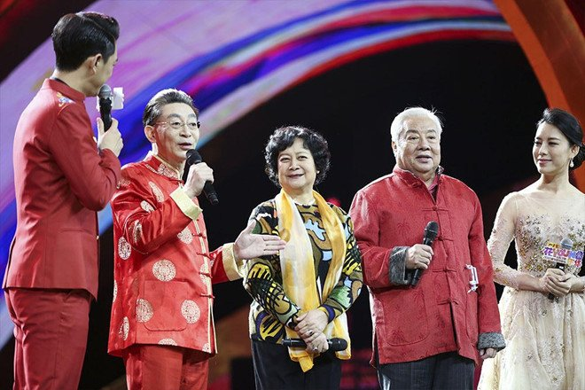 Vi sao Luc Tieu Linh Dong hung chiu du loi cay nghiet? hinh anh 1