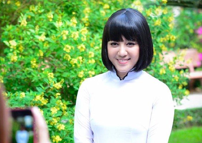 Ca si Ngoc Linh: Khong 'lua chon la mot vi sao' de doi lay binh yen ben gia dinh hinh anh 1