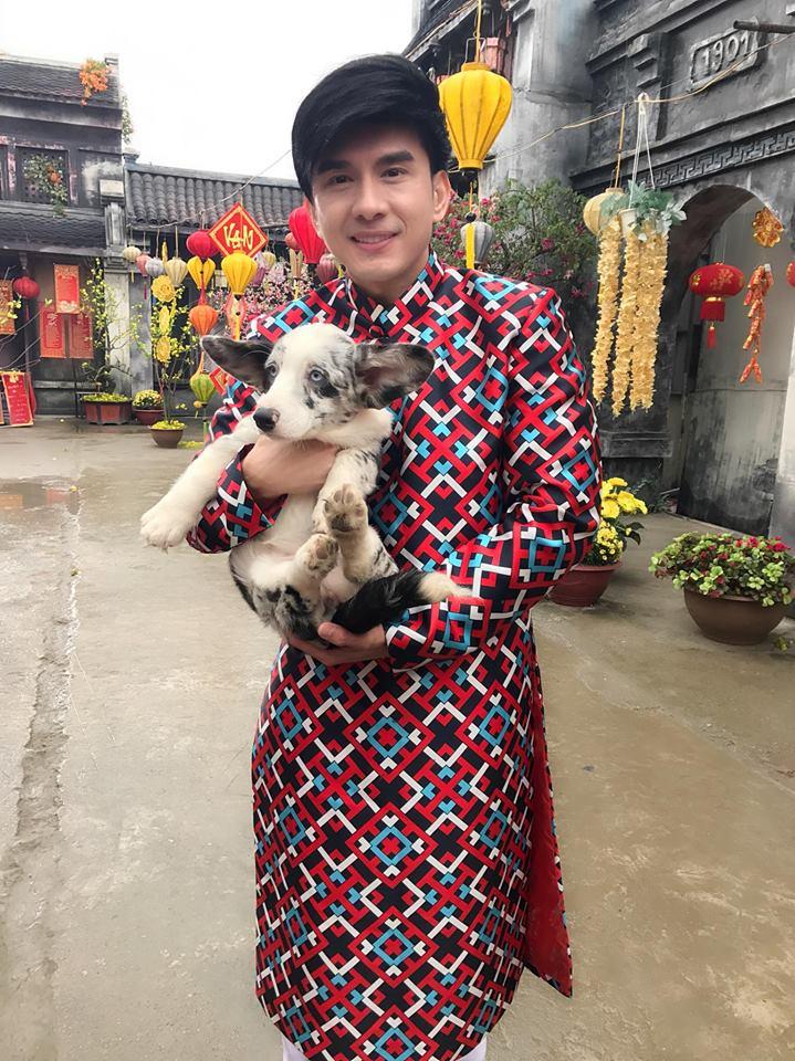 Sao Viet sang mung 1 Tet Nguyen Dan di dau, lam gi? hinh anh 1