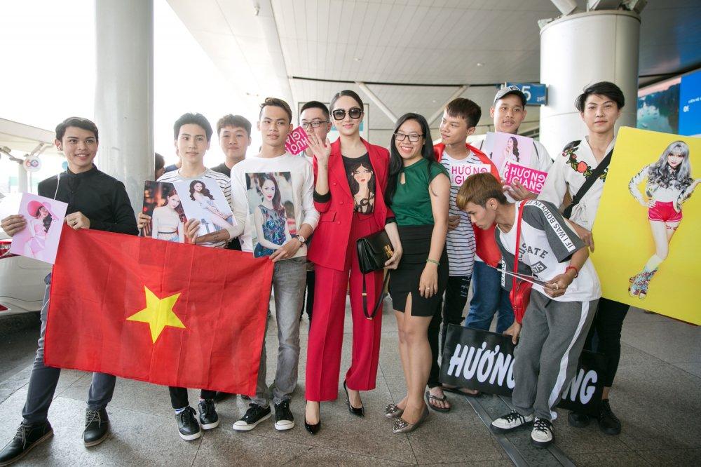 Huong Giang mang 50 kg hanh ly sang Thai Lan thi 'Hoa hau Chuyen gioi' hinh anh 4