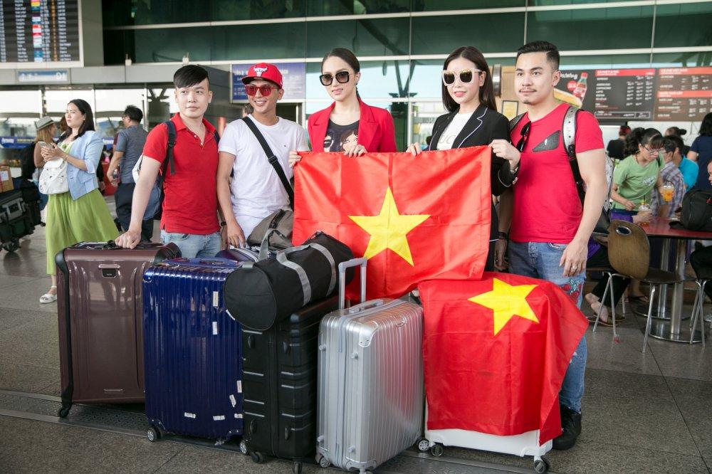 Huong Giang mang 50 kg hanh ly sang Thai Lan thi 'Hoa hau Chuyen gioi' hinh anh 7