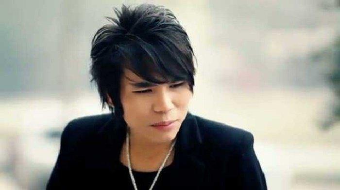 Chau Viet Cuong bi bat, ca si Duy Manh tiet lo thong tin bat ngo hinh anh 1