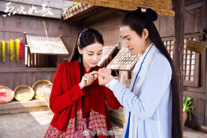 Dich Le Nhiet Ba bi che bai trong phim dong cung Chau Du Dan hinh anh 2