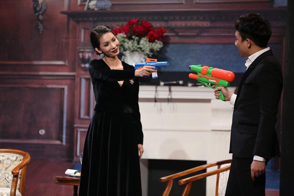 Tran Thanh bi don la gay, chiu su hat hui tu vo vi khong cham soc gia dinh hinh anh 2