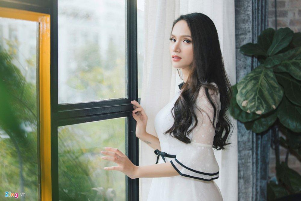 Huong Giang: 'Nguoi yeu cu nhan tin chuc mung khi toi dang quang' hinh anh 2