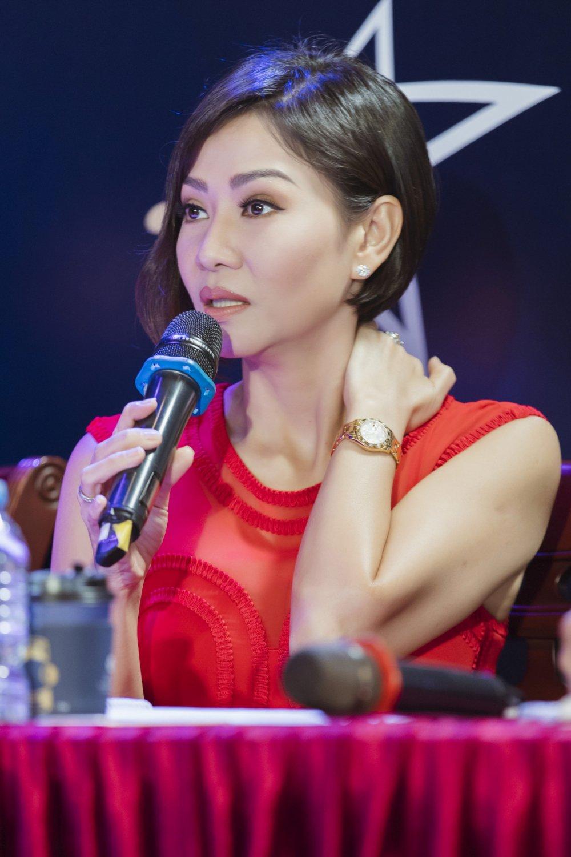 Tra My Idol, Trang Phap 'mat tron mat det' xem Thu Minh thi pham cho thi sinh hinh anh 4
