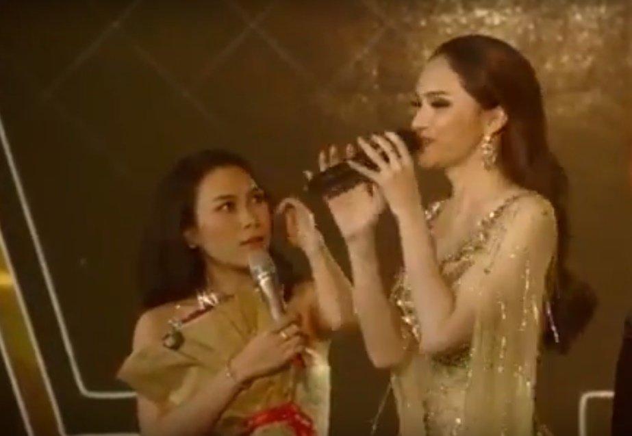 Video: Hanh dong ky la cua My Tam khi gap Ho Ngoc Ha hinh anh 1