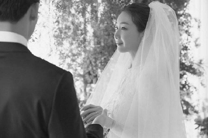 Lo anh cuoi hiem hoi cua nu chinh 'Ban tinh ca mua dong' Choi Ji Woo hinh anh 2