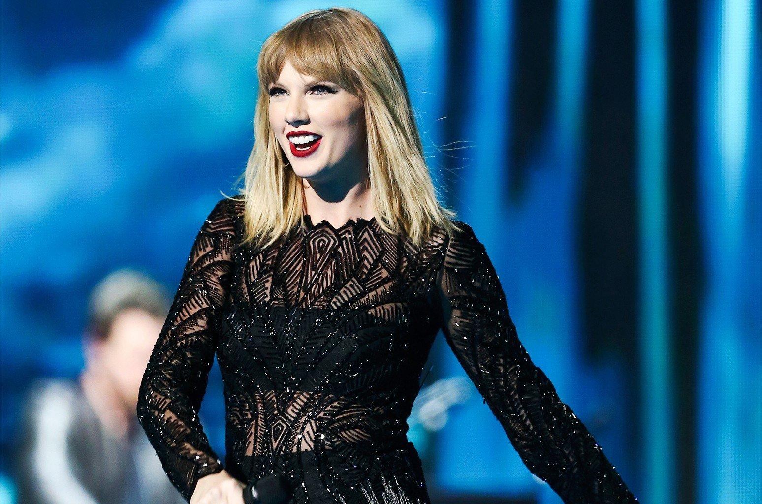 Phan ung bat ngo cua Taylor Swift khi bi cho la 'nham' vi toan viet nhac noi den trai hinh anh 2